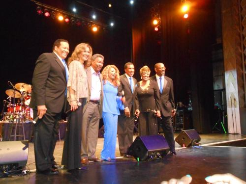"Aug. 9th--Breaking News!  Marilyn McCoo & Billy Davis, Jr. reunite with Florence LaRue and The 5th Dimension for a one-night only magic moment, during the ""Aquarius/Let the Sunshine In"" show's finale.  LaRue and today's 5th performed to a sold-out crowd at LA's prestigious Saban Theater.)l to r:  Willie Williams, McCoo, Davis, LaRue, Patrice Morris, Leonard Tucker, Floyd Smith, photo courtesy P. Morris Collection)"